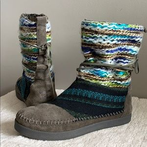 Toms Nepal Boots Pull I'm Wrap women's size 9
